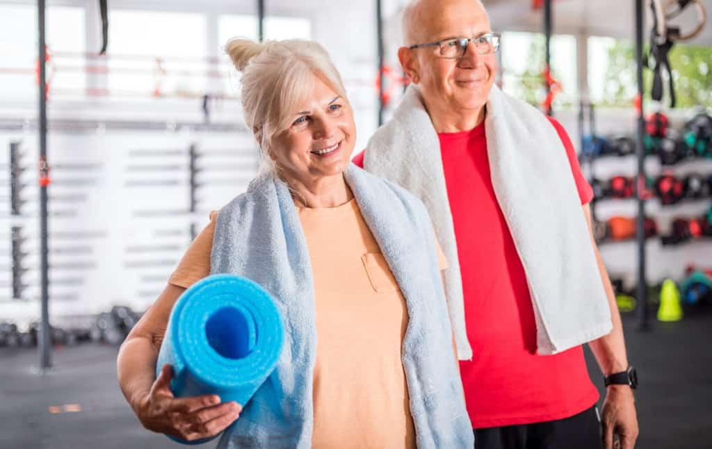 Senior couple at the gym