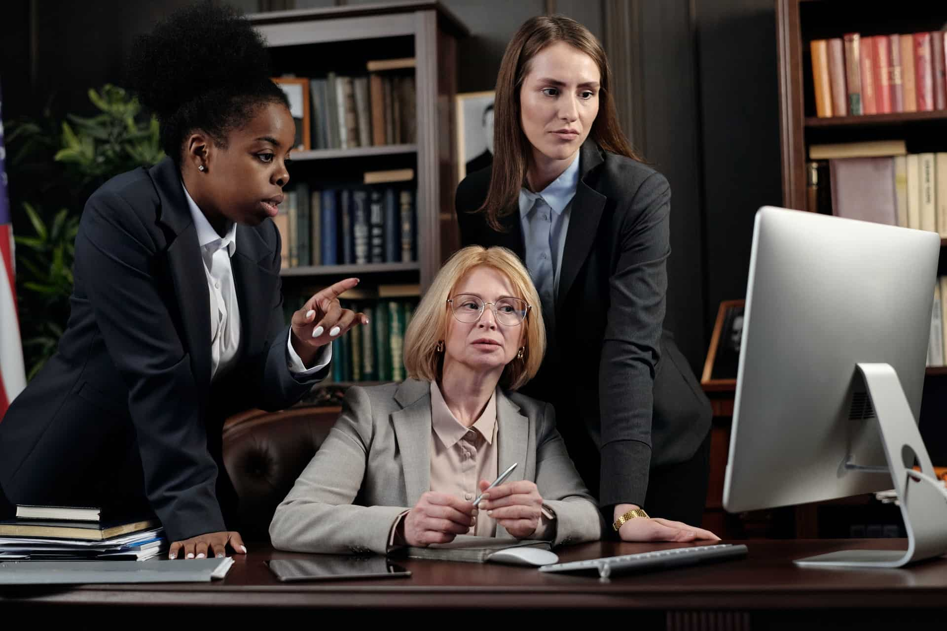 Hire an HOA Attorney